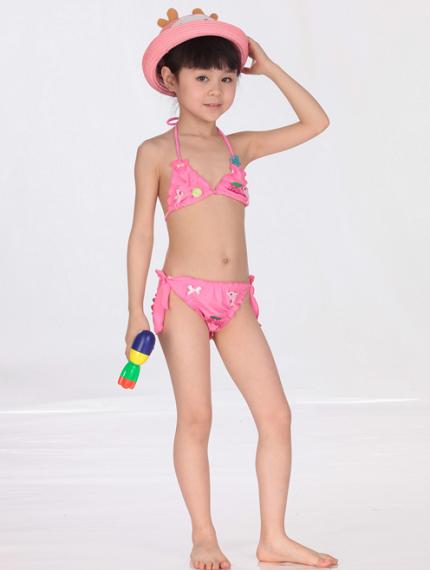Розовый купальник-3