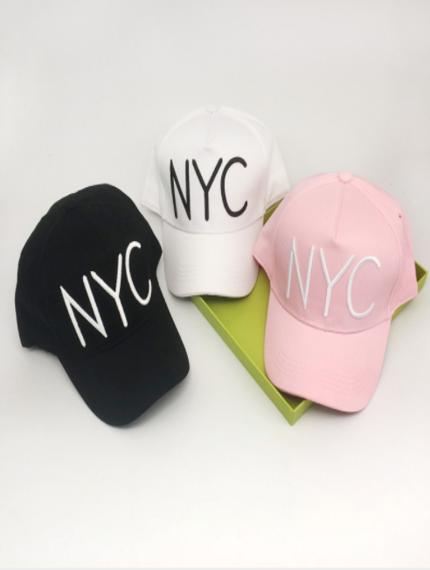 Стильные кепки